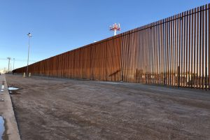 border-fence-wall-ZYXY3PL